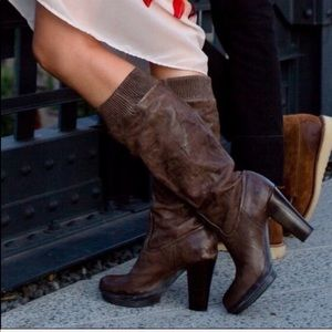 Frye Mimi Scrunch Boots Leather Brown 9